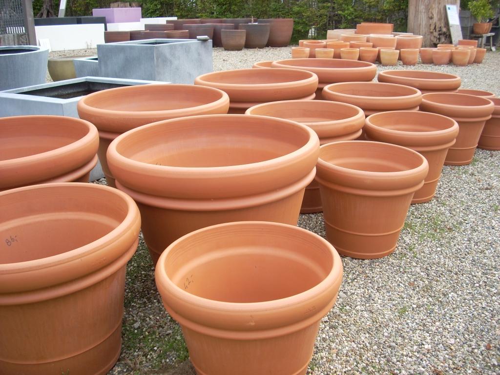Onwijs klassieke terracotta plantenbakken   Schouten Tuincreaties WK-45
